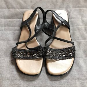 Pretty Lace-Look and Straps Black Sandals